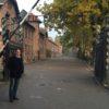 J'ai visité Auschwitz. Je m'y suis recueilli. Je m'y suis effondré en sanglots. Photo Meylan, octobre 2016.